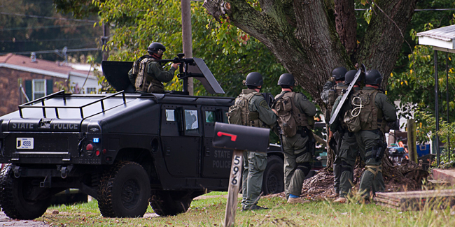 swat storms home to end haysville standoff dubois county